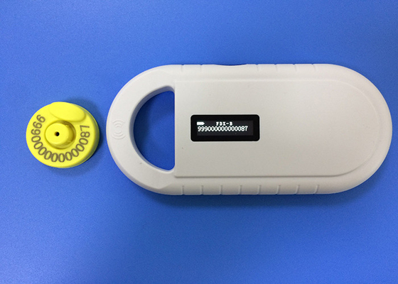Çin Non - Toxic TPU Cattle / Sheep Ear Tags For Livestock Management , Yellow Color Fabrika